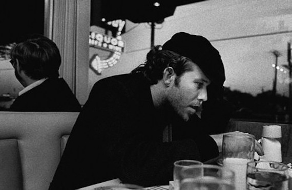 aq Tom Waits