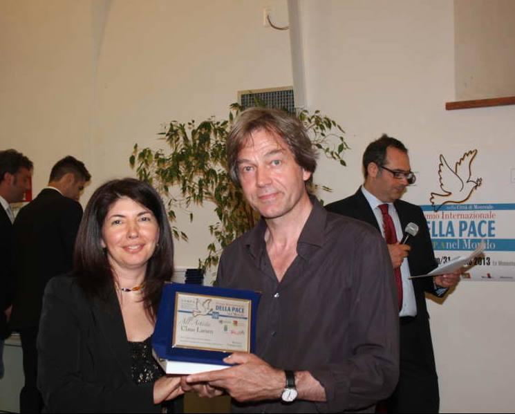 Claus Larsen Intn'l Peace Prize larsen