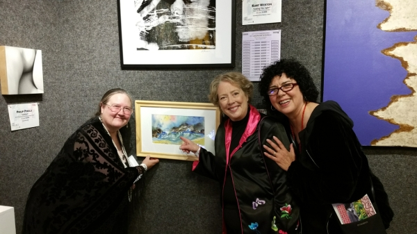 Jennifer   Art  auction  Kris, Jennifer and Cathy Looking at Jennifer Bentson's Painting at Bonham's