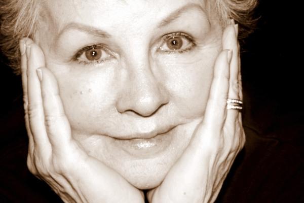 ArtQuench Magazine Marcia Lee Jones headshot 2012 04 09_4306_edited-1