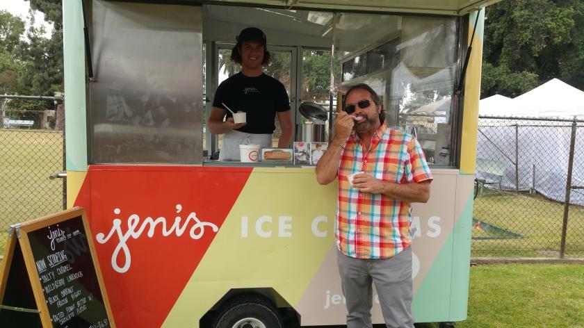 artquench-magazine-jackalope-jenis-splendid-ice-cream